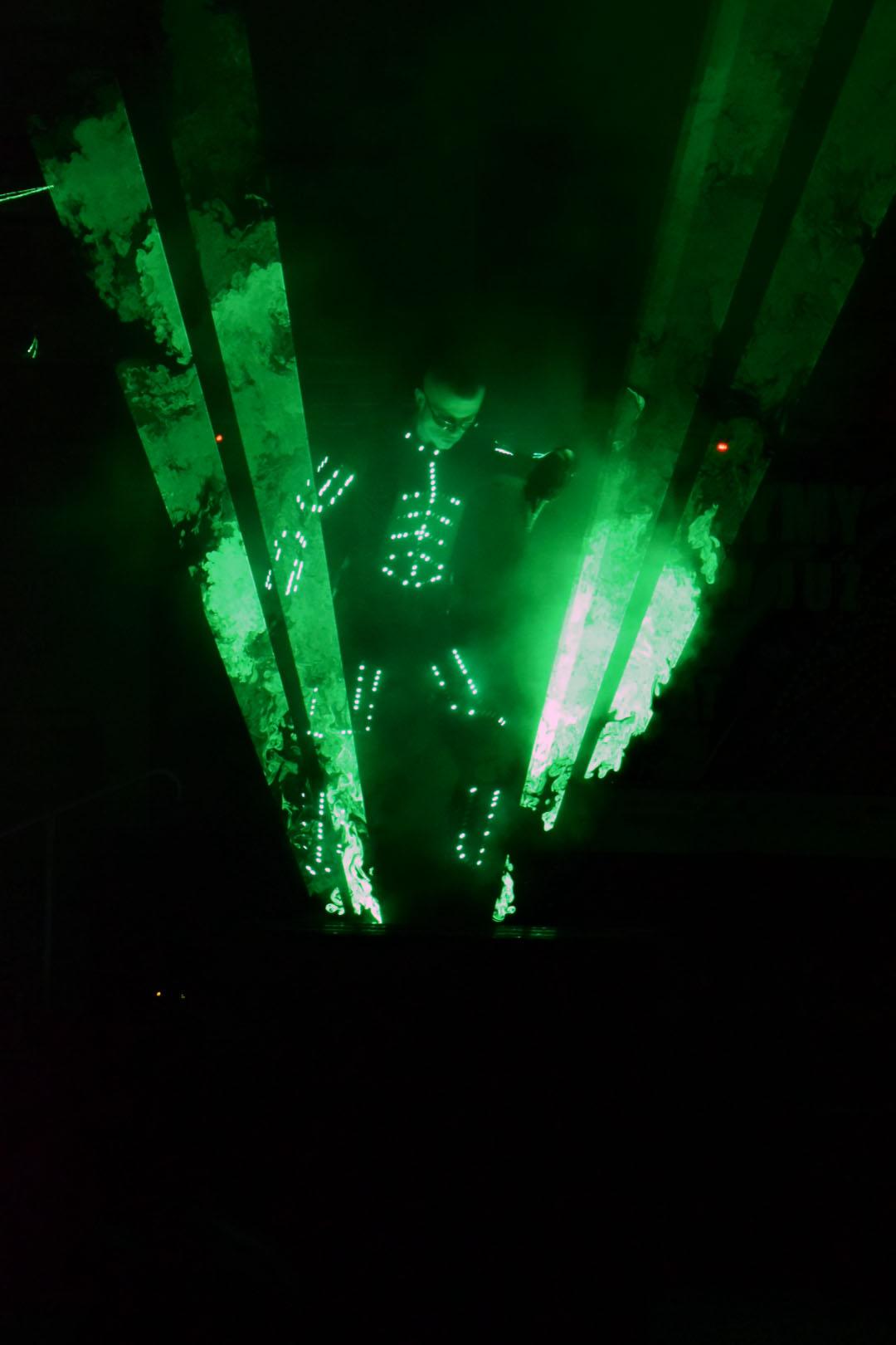 pokaz laserman